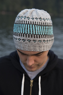 2dba8e1c5a2 Ravelry  Clayoquot Toque pattern by tincanknits