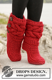 150-4 Little Red Riding Slippers pattern by DROPS design