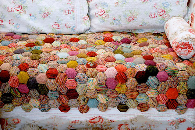 Ravelry: the beekeeper's quilt pattern by tiny owl knits : woolen quilt - Adamdwight.com