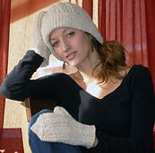 Mamoth_hat_and_mitten_048_small_best_fit