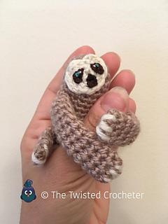 Baby-sloth_small2