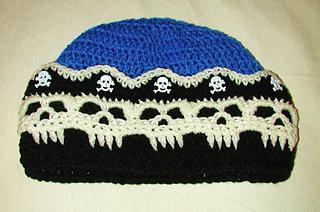 Pirate_skull_beani_001_small2