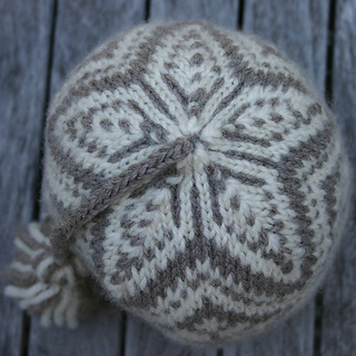 North_star_hat_top_down_small2