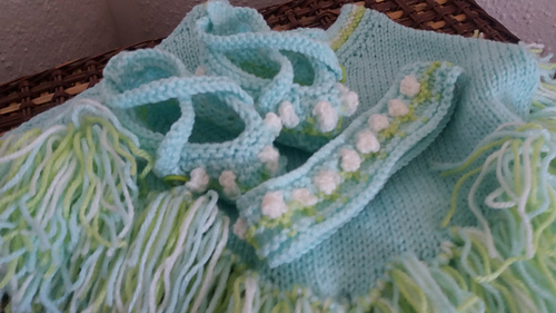 375b994da Ravelry  Baby Poncho with Shoes   Headband pattern by Pamela Lang