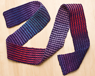 Down_and_accross_scarf_small2
