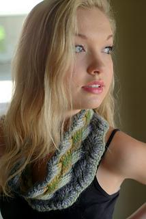 Gina_chunky_cowl_small2