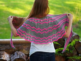 Ve173_delmara_shawl_small2