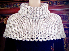 Expedent_cowl_front_small