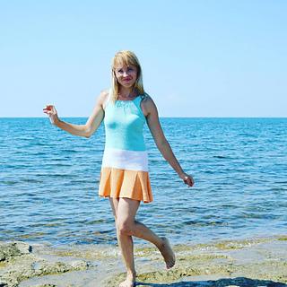verunya8's # 25 Kleid mit Faltenrock