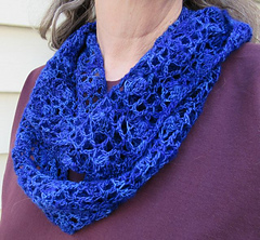 Whispering_flowers_infinity_scarf2_0502_small