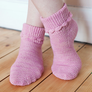 Hop_socks_-_the_crochet_sock_collection_small2