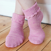 Hop_socks_-_the_crochet_sock_collection_small_best_fit