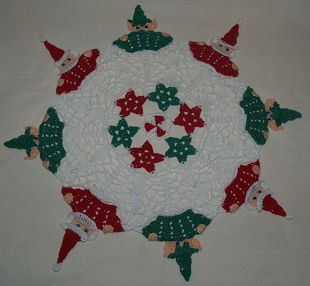 Ravelry Christmas Peeking Santa And Elves Crochet Doily Pattern By
