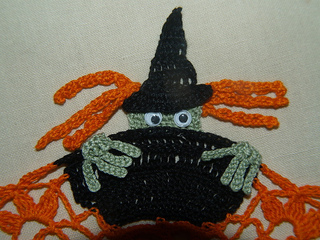 Skeletonwitchdoily-3_small2