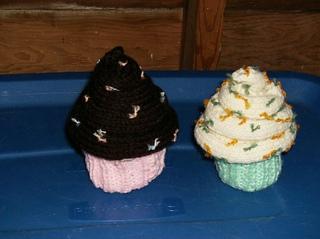 Ravelry: Amigurumi Hi-life Cupcake pattern by Lion Brand Yarn