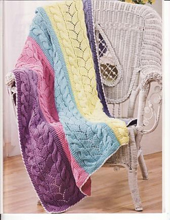 Paneled_lace_afghan_a_small2