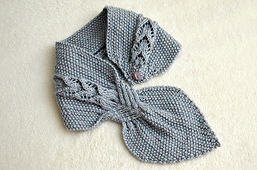 Banyan_leaf_scarf_02s_small_best_fit