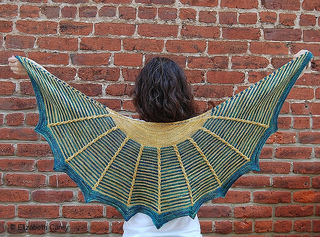 Gardener_shawl_full_small2