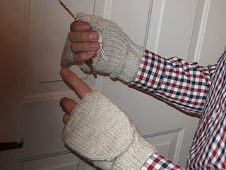 Mens_mittens_small2