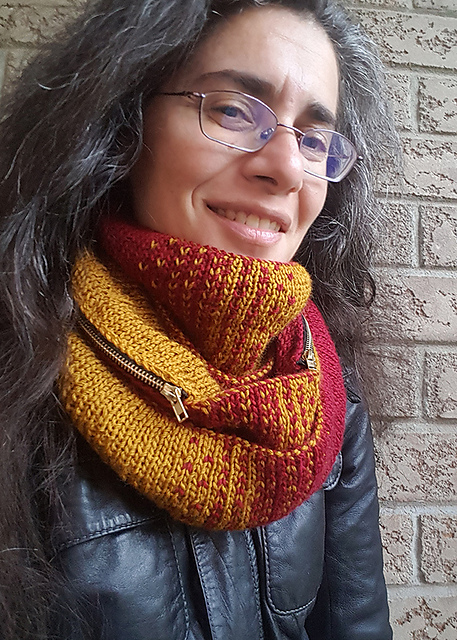 Indie Design Gift Along 2018 Cowl and Scarf Faves knit and zips