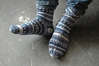 Blue-white-socks_small2
