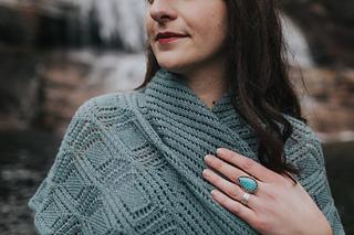 Christinadanaee-shawl-oliveandwest-4483_small2