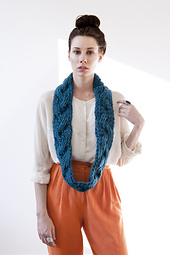 Aurora-reversible-braided-cowl-teal-gnd-04_small_best_fit