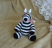 Zillah_the_zebra_small_best_fit