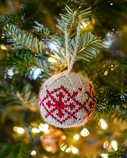 20131222-christmas_balls-13_small2