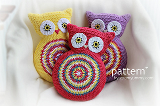 Crochet-owl-cushion-final-3-570-with-text_small2