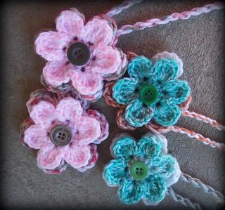 ravelry easy six petal flower pattern by zelna olivier