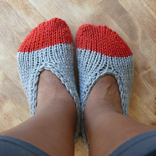 Adult_slippers_small2